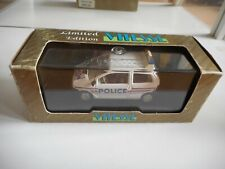 Vitesse Renault Twingo Police in WHite on 1:43 in Box