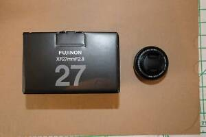 Fujifilm XF 27mm f2.8 lens - excellent condition with box