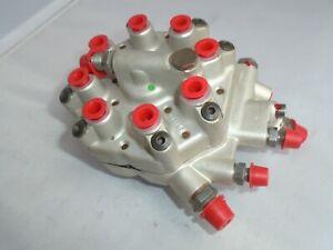 Mercedes 107 126 Fuel Distributor 380SL 380SEC 500SEC 380SE 380SEL  0438100088