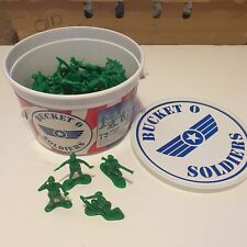 Toy Story Bucket O Soldiers Green Army Men Toy Figures 71 soldiers