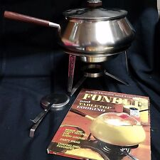 1970 International Silver Company Stainless Chafing Dish 5006 Original w/ Book