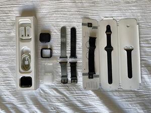 Apple Watch Series 4 - 44mm - Cellular