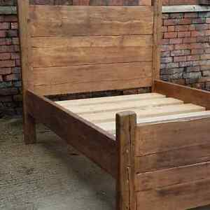 Rustic country cottage solid bed 4 post reclaimed timber
