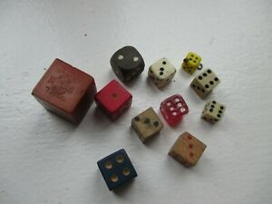 A quantity of various vintage gaming dice