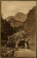 Berchtesgaden Bayern AK mit Goldrand ~1920/30Felsentor Strasse nach der Ramsau