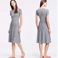 Ann Taylor Space Dye Static Print Knit Short Sleeve Fit and Flare Dress Size XS