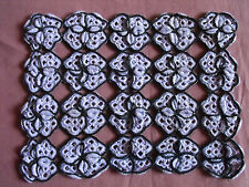 #1062 Beautiful Vintage Hand Made Doily 38cm/30cm(15''x 12'')