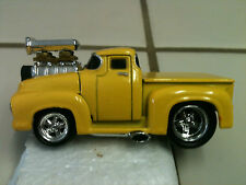 2001 Muscle Machine '56 Ford Pickup Truck Die Cast 1:64