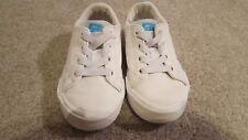 H & M white casual slip on sneakers toddler boy 9 EUC