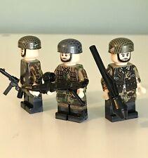 WW2 Soldier Mini Figures X3