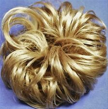LACEY 3-inch Pony Fastener Hair Scrunchie - 24H613 Golden Blonde-Vanilla