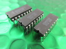 CD4527BF, VINTAGE CERAMIC CHIP BY RCA, CIRCA 1972, **3 CHIPS** £1.99ea