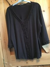 Ladies Brown Top with stretch Essence Size 22. lovely fabric
