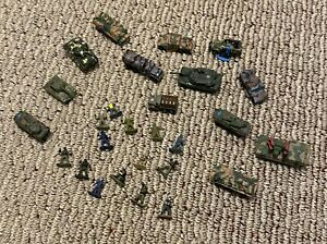Micro Machines 1994 LGT Army Military Tank Truck Toys with Military Figures