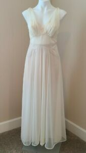 Vintage Vanity Fair Ivory Chiffon Lace Bodice Nightgown size 34