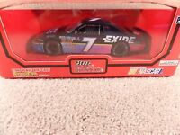 1995 Racing Champions 1:24 Diecast NASCAR Geoff Bodine Exide Thunderbird