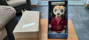 Compare the meerkat toy Aleksandr boxed