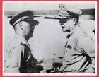 1943 General MacArthur With Australian General Herring New Guinea News Photo