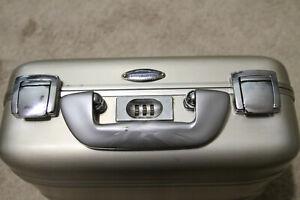 "Vintage Zero Halliburton Aluminum Case 12""x9""x5"" Combination Lock NICE!"