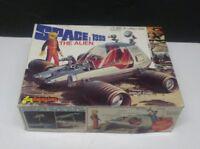 VTG  ORIGINAL 1978 SPACE 1999 THE ALIEN FUNDIMENSIONS  MODEL NIOB UNBUILT RARE