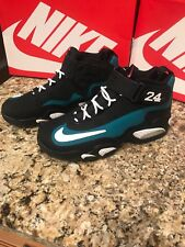 a51b095592 Nike Air Griffey Max 1 Men's Size 11 Fresh Water/Wht Blk Varsity Red