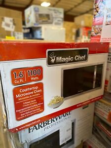 Magic Chef MCM1611ST 1.6 cu. ft 1100W Microwave Oven
