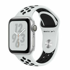 Apple Watch Series 4 Nike+ 44 mm Silver Aluminum