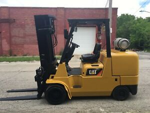 2013 Cat 12000 LB Forklift With Triple Mast and Fork positioner