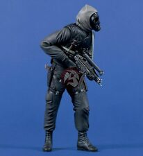 Verlinden 120mm 1/16 British SAS Soldier No.3 w/H&K MP5 SMG Op. Nimrod 1980 740