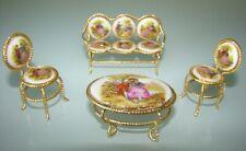 Deux chaises,banquette et  table miniature en porcelaine EME Spain