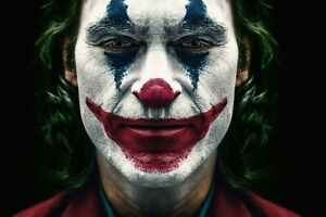 Joaquin Phoenix Joker Poster (24x36) inches