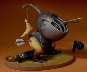 Museumsreplikat Figur JB11 - Hieronymus Bosch Skulptur - Vogelmonster mit Helm