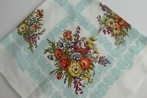 """Retro 1950's Cotton Blend Floral Tablecloth  - Country Kitchen, Kitsch  32"""" x 34"""