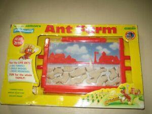 Original Uncle Milton's ANT FARM Live Habitat Insect Bug School FREE ANTS-SALE