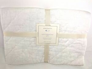 """Pottery Barn Baby Eyelet Belgian Linen Toddler Quilt 100% Cotton 36""""x50"""" NWT"""