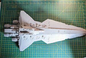 Revell Star Wars Model Kit Republic Star Destroyer Venator Class Model  Kit...