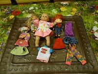 Pour jouer !! Le petit poupon ZAPF 1988 et ses 2 copines !! 12 pièces.