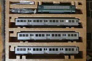 coffret RIB RIO banlieue TER locomotive BB 8500 + 3 voitures inox SNCF LIMA HO