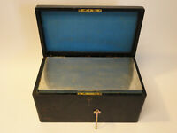 Antique Wooden Cigar box, Humidor, Lockable with key and metal insert F2-20