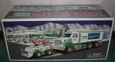 2008 HESS TOY TRUCK & FRONT LOADER NEW IN BOX HOLIDAY TRADITION LIGHTS RAMP