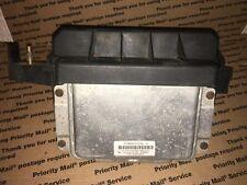 P04692032AL 2006 Dodge Magnum 3.5L AT Body Control Module BCM TIPM Fuse Box