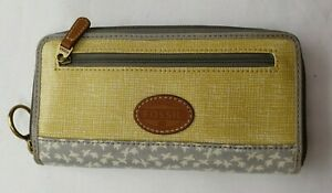 NWOT FOSSIL LEATHER ZIP PURSE GREY & YELLOW/MUSTARD (M.F)