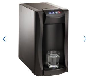 BluPura Piccola 15 Hot - Wasserspender Tafelwasseranlage super kompakt NEU