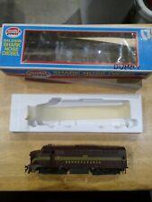 Model Power 731 Pennsylvania #5772 Baldwin Sharknose A Dummy Diesel Locomotive