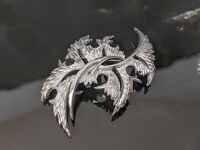 Lovely Vintage Silver Tone Thistle Leaves Brooch by Trifari Jewellery