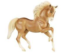 Breyer Pferd Traditional Chica Linda 9201