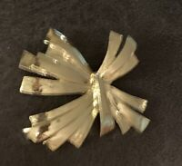 Vintage Signed Gerry's Gold Tone abstract design brooch pin 2 1/2""