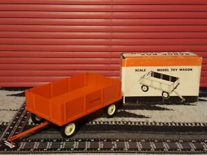 Ertl Allis Chalmers Barge Wagon 1/16 Diecast Farm Implement Replica Collectible