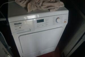 Miele Wärmepumpentrockner T8627 Eco Comfort 6 Kg