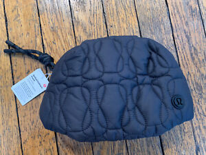 LULULEMON QUILTED EMBRACE POUCH 1.5L BLACK NWT